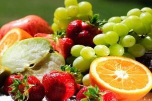 老人便秘吃什么水果好,十种润肠通便的水果